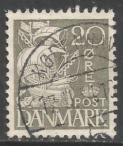 DENMARK 232 VFU SHIP 531A-4