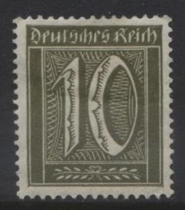 GERMANY. -Scott 138 - Definitives -1921 -MH - Ol.Green -Single 10pf Stamp1