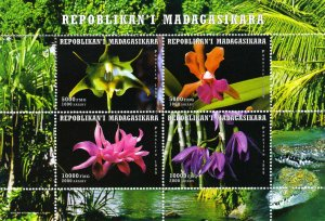 Madagascar 1999 ORCHIDS Sheet Perforated Mint (NH)