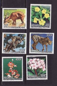 Central Africa-Sc#824-9-unused NH set-Flowers-Flora-Fauna-Animals-1986-