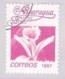 Nicaragua Flower magenta 10 - pickastamp (AP109015)