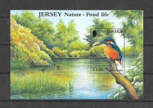 BIRDS - JERSEY #995  KINGFISHER  MNH