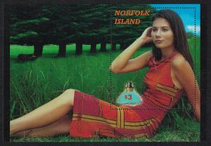 Norfolk Perfume from Norfolk Island MS Large size RAR SG#MS766 SC#738