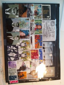 Lot 1 United Kingdom full page, 30 different stamps used