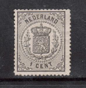 Netherlands #18 VF/NH