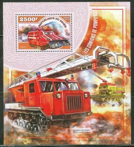 NIGER 2014 TRANSPORTATION FIRE ENGINES SOUVENIR SHEET