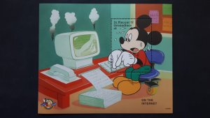 Disney - St. Vincent and the Grenadines 1998. ** MNH Block/2