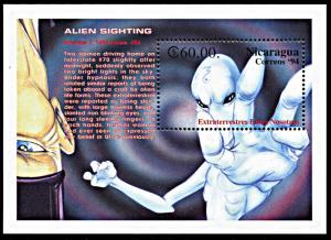 Nicaragua 2025, MNH, Kansas Alien Sighting souvenir sheet