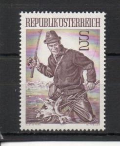 Austria 912 MH