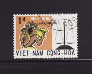 South Vietnam 349 U Man Reading Constitution, Scales