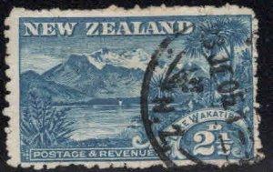 New Zealand Scott 111 Used Lake Wakatipu, Mt. Earnslaw stamp CV$7