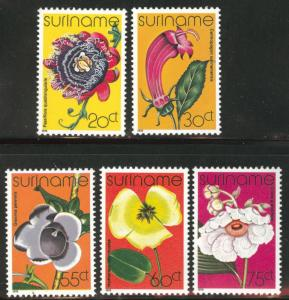 Suriname Scott 484-488 mnh** 1978 Flower set