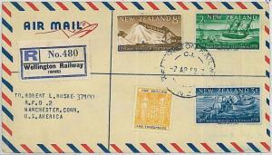 POSTAL HISTORY -  NEW ZEALAND registered airmail cover from WELLINGTON RAILWAY
