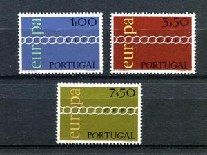 Portugal  Europa 1971 Mint VF NH