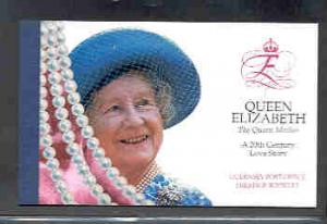 Guernsey Sc 673a//679b 1999 Queen Mother stamp booklet mint NH