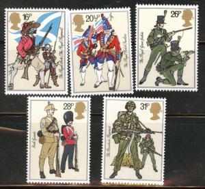 Great Britain Scott 1022-6 MNH** 1983 Military Uniform set