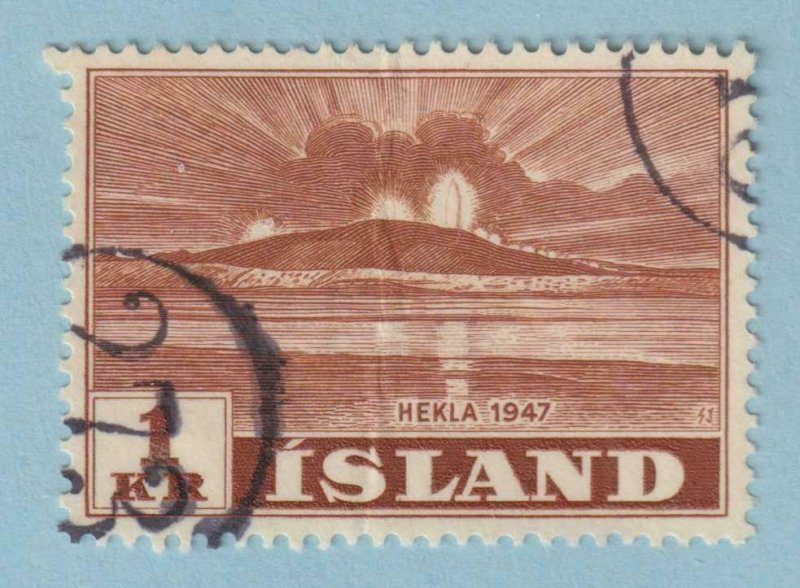 ICELAND - NUMERAL CANCELLATION 273 ON 1 KR HEKLA VOLCANO - CREASE - VERY FINE!