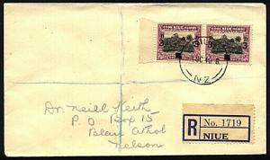 NIUE 1940 Pair 3d opts on registered cover to New Zealand..................76114
