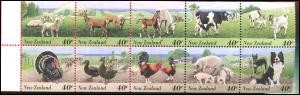 1302a NEW ZEALAND 1995  45¢ Farm Animals BOOKLET Cows Pig Dog Sheep Turkey