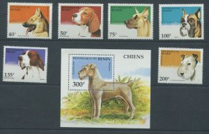 Benin MNH S/S & 6 Stamps Dogs 1995