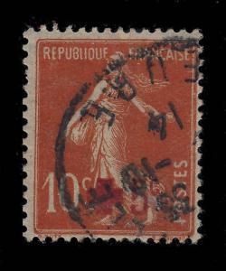 FRANCE 1914 - CROIX ROUGE + 5c sur 10c ROUGE SEMEUSE - Oblitéré TB