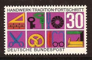 Germany  #  981  Mint  N H