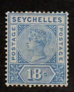 Seychelles 13 Mint Hinged