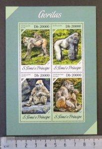 St Thomas 2013 gorillas apes animals m/sheet mnh