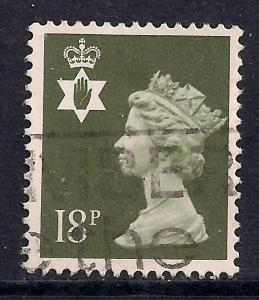 Northern Ireland GB 1987 QE2 18p Olive Grey Machin SG NI 46 ( 972 )