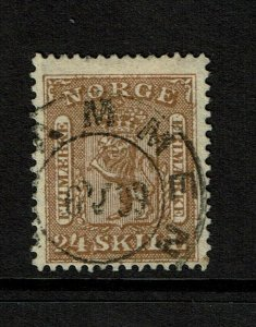 Norway SC# 10, Used, shallow top perf thin, minor horizontal crease - S9192