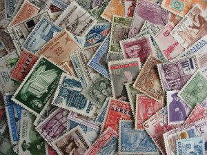 Colombia older all different packet of 100, mixed condition but worth a look!