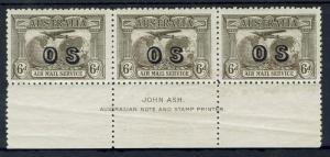 AUSTRALIA 1931 AIRMAIL OS 6D  IMPRINT STRIP