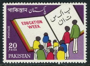 Pakistan 334, MNH. Education Week. Book, Children, 1972