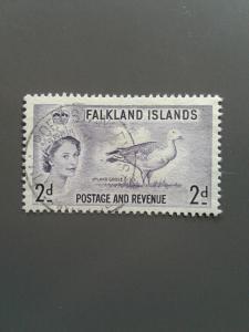 Falkland Islands 124 F-VF Used. Scott $ 5.25