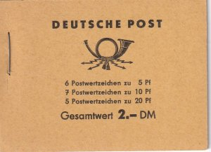 DDR #330c, 333a, 477b Complete Booklet  CV $19.00 (Z4977)