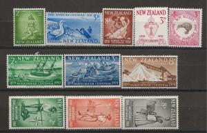 New Zealand SC# 322 - 32   Mint  VF  NH