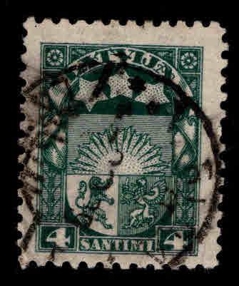 Latvia Scott 115 Used coat of arms stamp