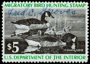 RW43 1975 Federal Duck Stamp (Magee) Premium Used Signed off Image  no faults EX