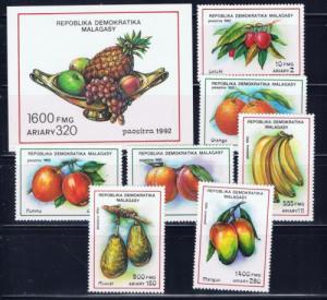Malagasy 1064-71 NH 1992 Fruits