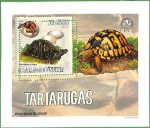 A0541 - S. TOME' & PRINCIPE - ERROR  MISSPERF SHEET -  Turtles BOY SCOUTS  2005
