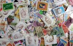 Outstanding Pakistan Stamp Collection of 500 Different Stamps