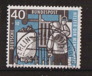 Germany  #B359  cancelled 1957  welfare 40pf