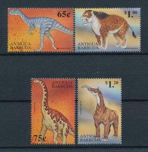 [106030] Antigua & Barbuda 1999 Prehistoric animals dinosaurs  MNH