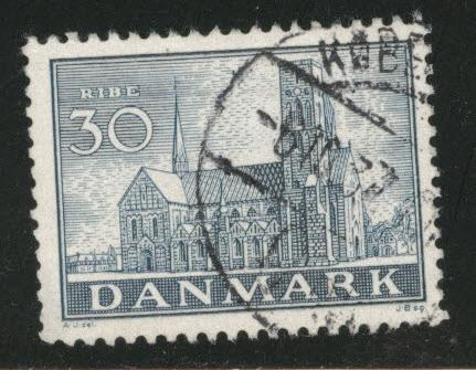 DENMARK  Scott 256 used 1936 Ribe Cathedral