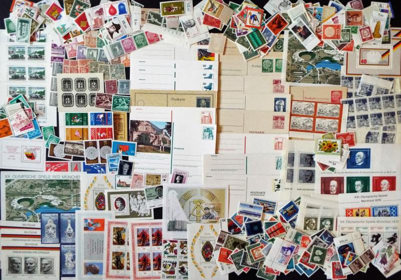 GERMANY Large Mix of Mint Stamps