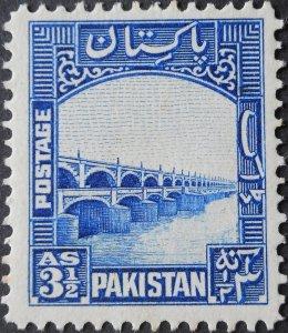 Pakistan 1948 31/2 Annas SG 32 mint