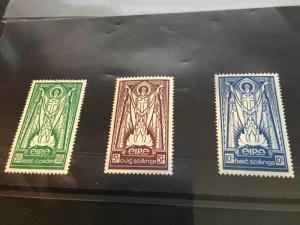 Ireland 2015 Scott #121-123 Mint VF-LH 1943-45 St. Patrick Hi Values Cat. $33.75