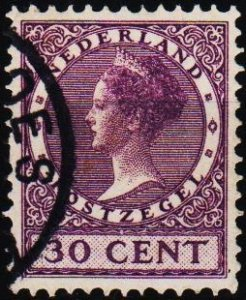 Netherlands. 1924 30c S.G.437 Fine Used