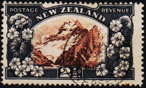 New Zealand. 1935 2 1/2d S.G.581c Fine Used
