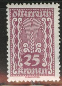 Austria Scott 261 MH* stamp from 1922-24 set